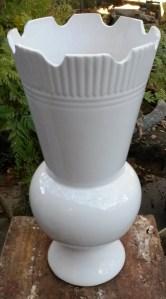 plain white pot